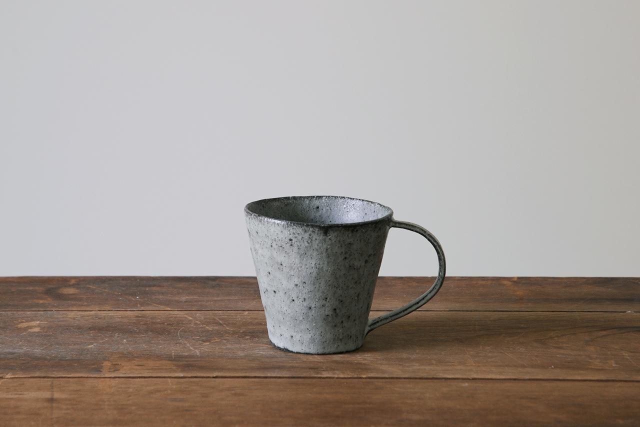 小ぶりなコーヒーカップ 灰青
